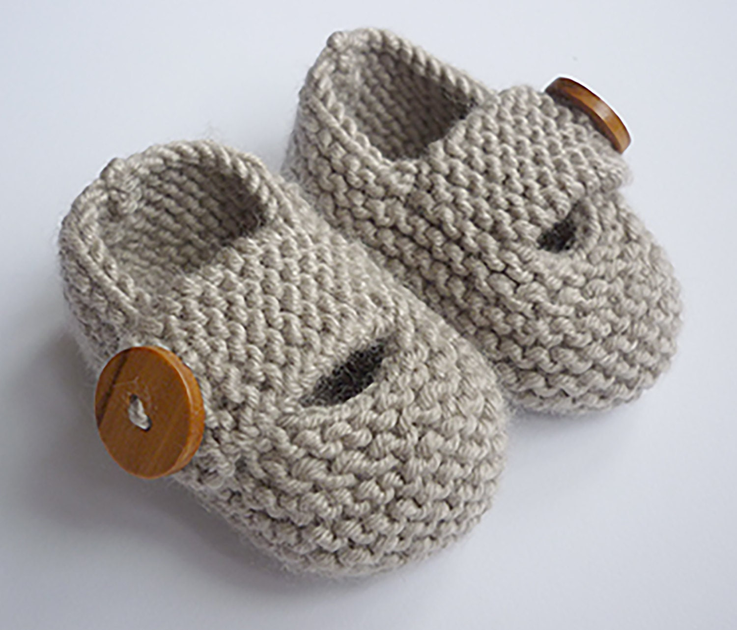 Knitting Circle Loom Patterns : Baby Booties Knitting Pattern Baby Shoes PDF Knitting