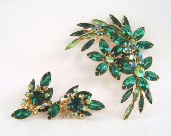 Vintage Beaujewels Emerald Green Rhinestone Demi Parure Brooch Earrings