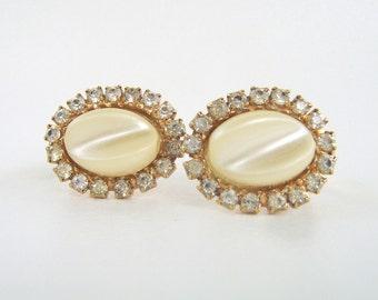 Vintage Cream Pearl Lucite & Rhinestone Earrings Clip On