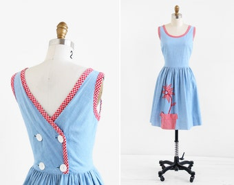 vintage chambray dress / 1970s dress / Chambray and Gingham Tulip Pocket Day Dress