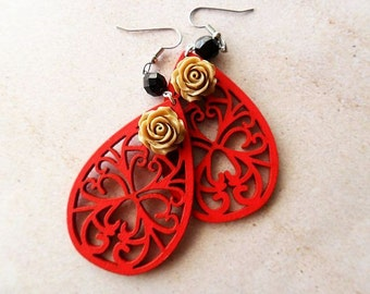 Red Wooden Filigree Earrings with Beige Roses and Black Glass Beads