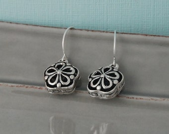Flower earrings, everyday earrings, oxidized