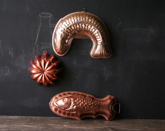 Vintage Set of 3 Jellow Molds Two Fish and Bundt Shape From Nowvintage on Etsy