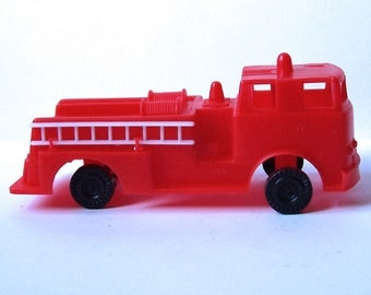 Red Fire Engine Cake Topper