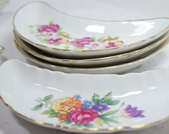 Set of 5 Bone Dishes / white porcelain / scalloped gold rim / flowers / each unique / Easter dinner / spring / mothers day