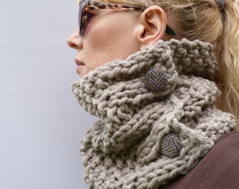 Womens Chunky Knit  Cowl - Taupe,  Handknitted 100% merino wool