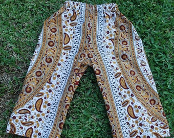 Kids  Hippie pants-  tan Burgundy  Circle - size 4 - can be Capris or Jams on a 6 yrs.old-boys or Girls