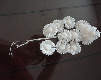 Vintage White Chrysantheme Flowers Cluster Milinery 60's