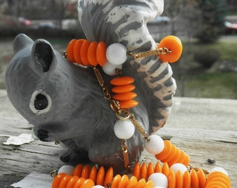 CLEARANCE Vintage 1970s Mod Orange and White Beaded Necklace