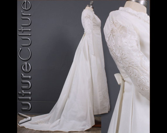 Wedding Dress Removable Lace Overlay : Alen?on lace removable cathedral train empire wedding dress gown