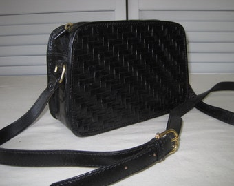 vintage Black Leather Handbag with Shoulder and Cross Body Strap by Valerie Stevens