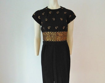 60s black cocktail dress with GOLD EMBROIDERY size large