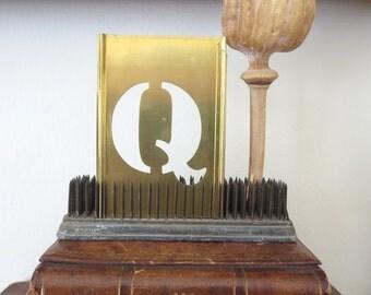 """1 vintage brass Q stencil, letter Q, Q letter, 3 inch stencil, 3"""" stencil Q old stencil, metal Q stencil, old, primitive, antique, capital Q"""