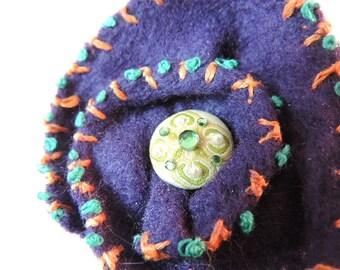 Brooch, Purple Felt Pin, Ladies Pin, Handmade Jewelry,