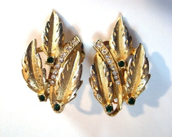 CLOSING SALE Edwin Pearl signed brushed gold tone clip earrings. Rhinestone faux Emerald Diamond