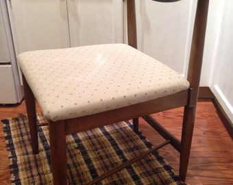 Mid Century Modern Chairs Shipping is NOT FREE!