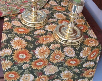 """SALE Daisy Table Runner 54"""" Yellow and Green Table Runner Autumn Table Runner Golden Yellow Daisy Table Runner Thanksgiving Table runner"""