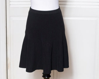 Retro Simple Black Pleated Skirt