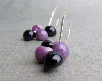 Purple Dangle Earrings, Lampwork Earrings Purple, Glass Teardrop Earrings Silver Wire, Purple Earrings Cluster, Argentium Silver Earrings