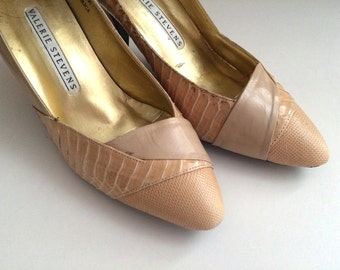 Vintage Shoes Women's 80's Valerie Stevens, Tan, Leather, Snakeskin, Heels Size 7