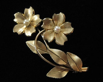 Krementz Gold Overlay Genuine Pearl Flower Brooch