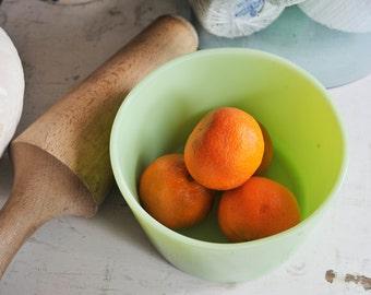 Vintage Jadeite Bowl, Jadeite Jeanette Round Refrigerator Dish