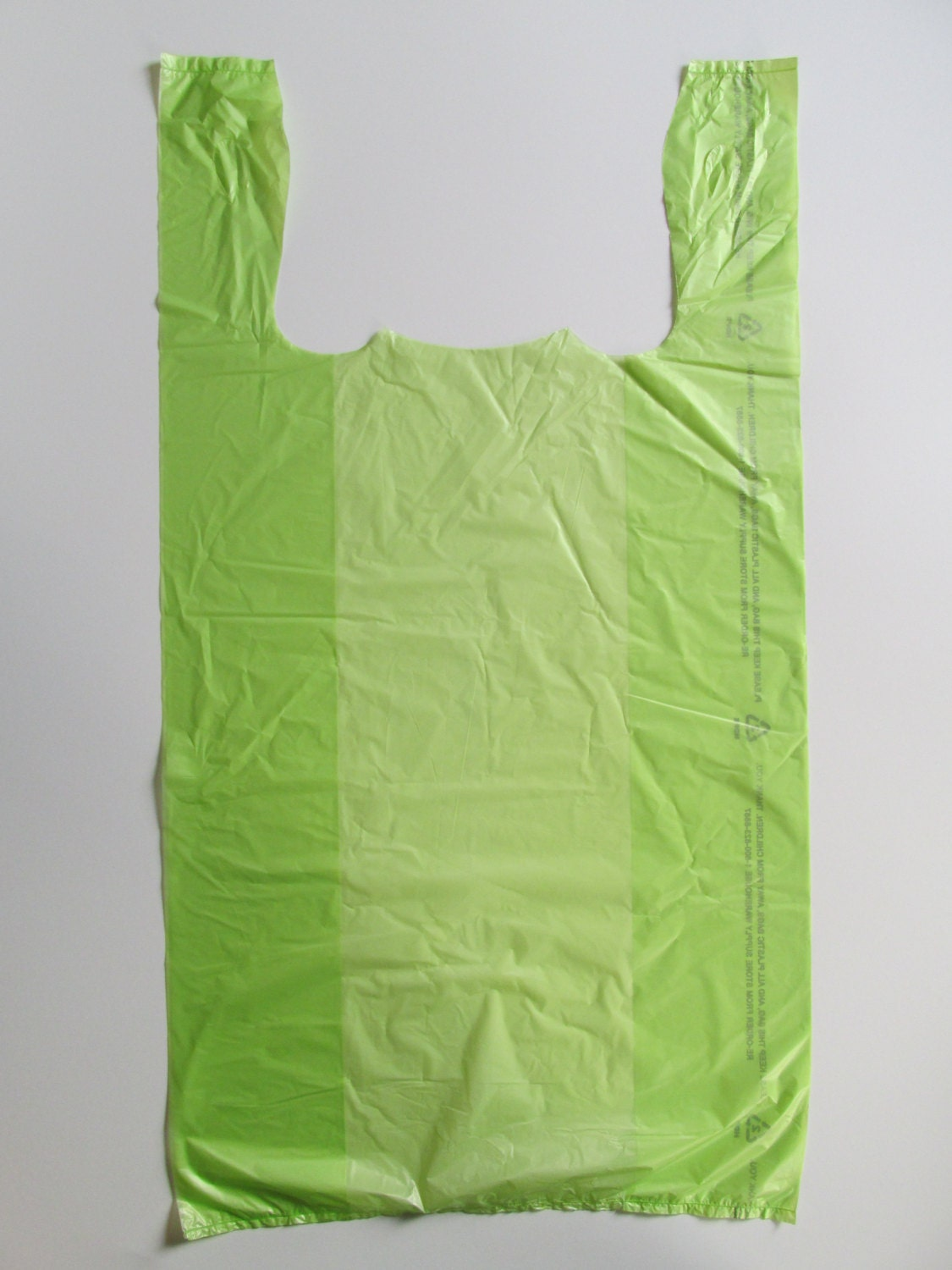 100 lime plastic medium t shirt bags with handles 11 for Plastic bags for t shirts