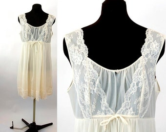 1960s chiffon nightgown short nightgown ivory lace bridal babydoll Shadowline Size M