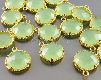 2 light green round glass with rope rim pendants, colorful stone charms / jewelry supplies 5128G-LG (bright gold, light green, 2 pieces)