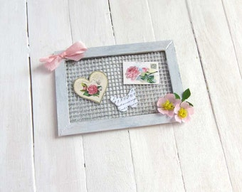 Dollhouse framed cards and roses in 1:12 scale