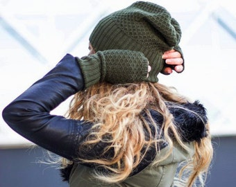 Military color beanie and fingerless, Cashmere, Merino Wool, Color military green, olive green women