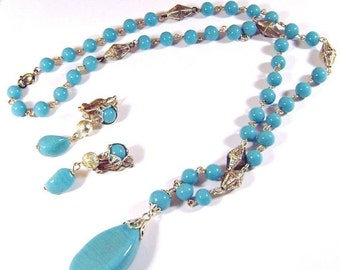 Turquoise Aqua Art Glass Vintage Necklace and Earring Set