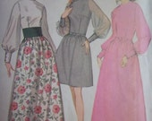 Sale - Vintage- McCall's 9461 - Dress - Three Versions - Size 14 - 16 - Bust 36 - 38 - UNCUT Pattern