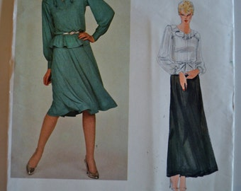 Vogue 2787 Jean Muir Misses Top and skirt Size 14 UNCUT