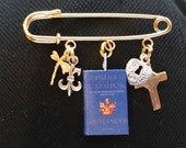 Gold Kilt Pin with Outlander-y Charms
