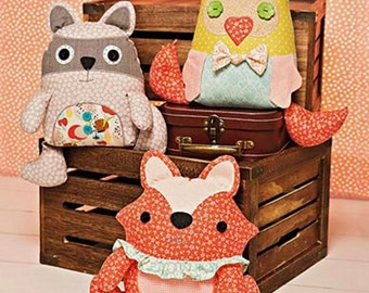 Easy Stuffed Animals Pattern, Patchwork Stuffed Animal, Easy Cloth Toy Pattern, Simplicity Sewing Pattern 1182
