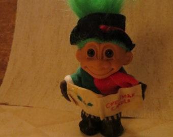 1986  Russ Troll Doll   Christmas Caroler