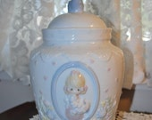 """Precious Moments """"The Kitchen is the Heart of the Home"""" Cookie Jar"""