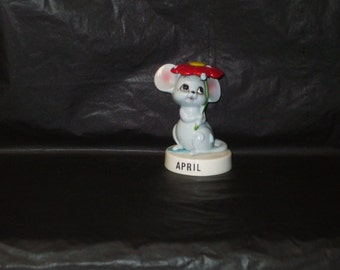 Vintage Japan NORCREST ADORABLE April Ceramic Mouse Figurine