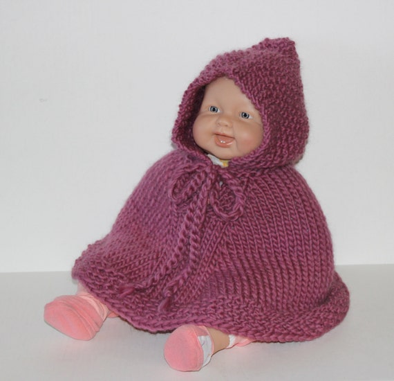 hand stricken baby poncho mit kapuze lila oder w hlen sie. Black Bedroom Furniture Sets. Home Design Ideas