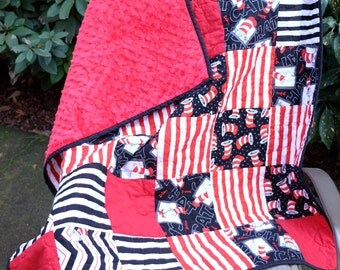 "Dr. Seuss Cat in the Hat Quilt - Bright Red Dimple Minky Back, 41"" X 36"""