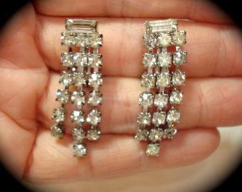 1991 Dangle Rhinestone Earrings.