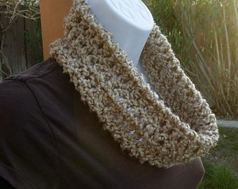 Small Beige Cowl, Solid Beige Scarf, Small Infinity Scarf, Summer Cowl, Summer Scarf, Oatmeal Loop Scarf, Small Knit Scarf, Crochet Scarf