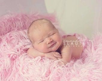 Soft Pink Mongolian Faux Fur Nest Photography Prop Rug Newborn Baby Toddler 27x30