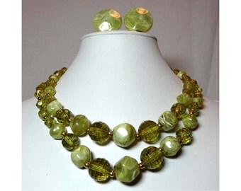 Japan Acrylic Olive Light Green Beads Jewelry Set Necklace Clip On Earrings Apparel & Accessories Jewelry Vintage Jewelry Necklace Earrings