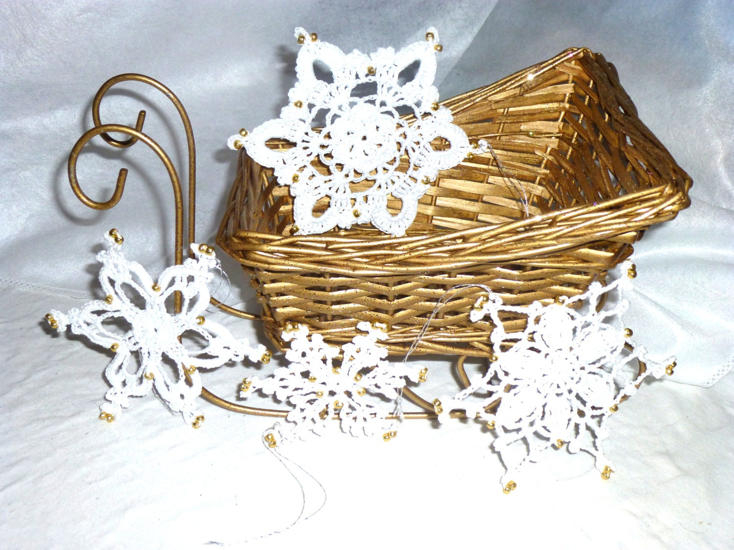 Unique Lace beaded Snowflakes Ornament Setchristmas gift.