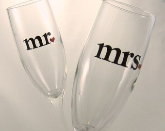 mr. and mrs. Wedding Toasting Flutes, Champagne Glasses