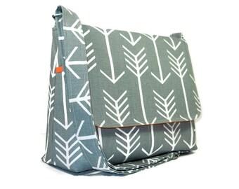Handmade Gray Pocketbook, Women's Messenger Bag, Arrow Purse, Canvas Crossbody Bag, Gray White Shoulder Bag, Fabric Purse, Cross Body Bag