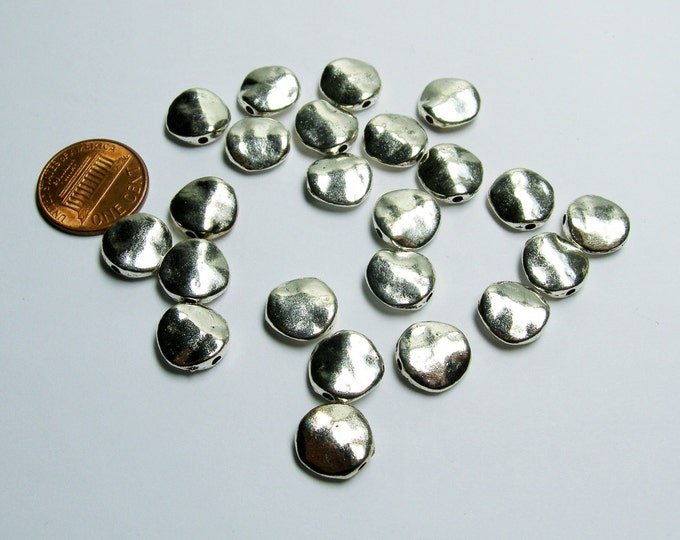Round Silver color beads - 24 pcs -  silver hammered round beads - ASA176