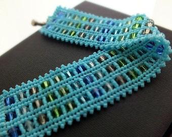 Turquoise Peyote Bracelet, Turquoise Herringbone Bracelet, Beadwoven Cuff, Beadwork Peyote Cuff, Handmade Beaded Bracelet, Crystal Bracelet